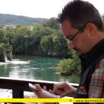 """Lo scrittore Alberth Mayhem, alias Alberto Misano, legge un estratto dal suo romanzo """"Il Ponte del Diavolo"""" in uno dei luoghi che lo hanno ispirato"""
