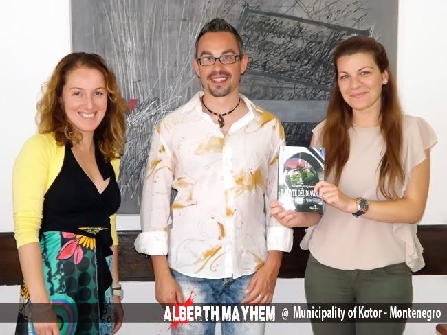 Alberth Mayhem presenta Il Ponte del Diavolo nel Municipio di Cattaro in Montenegro